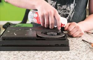 Screenshot 2017 12 6 How to clean any PS4 Fan Pro Slim or Original10 300x195 آموزش تمیز کردن کنسول PS4 تمامی مدل ها